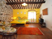 House with apartments in Castellina Marittima