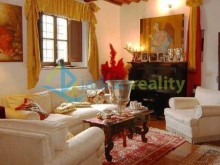 Villa with apartments in Florence