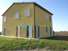 House in San Vincenzo