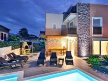 Luxury villas on the island of Ciovo