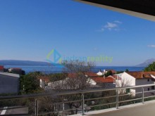Luxury apartment in Baska Voda