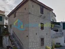Stone house in Kastela