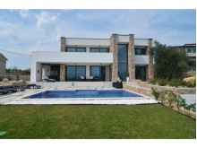 Villa in Soline bay