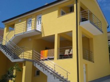 House with 4 apartments in Rogoznica