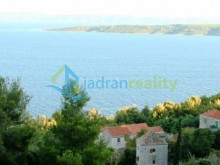 Building plot on Hvar